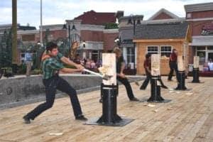 lumberjacks at paula deen's lumberjack feud